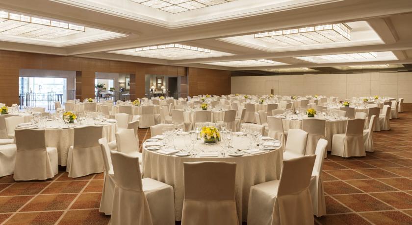 Sheraton Dubai Creek Dubai Hotels
