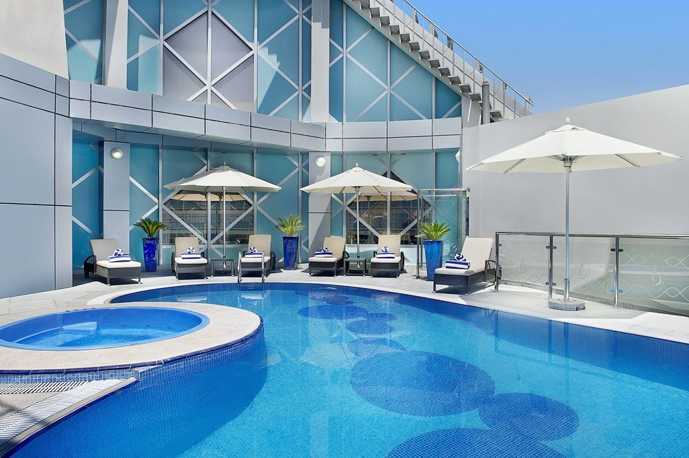 City seasons towers dubai hotels for 3 star hotels in dubai