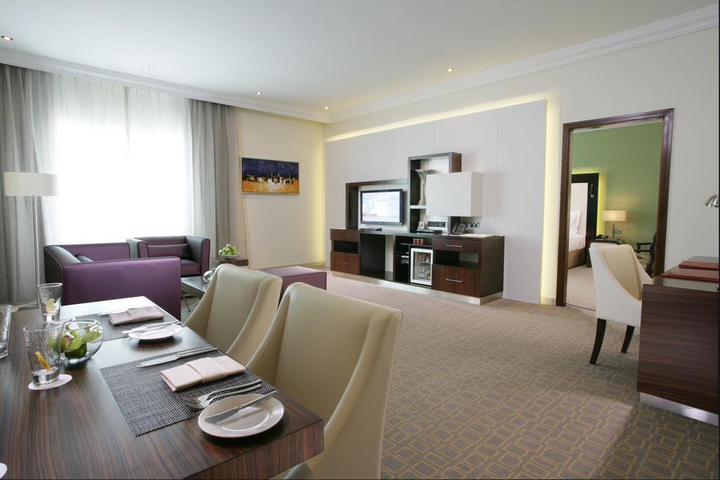Auris Plaza Hotel Dubai Hotels
